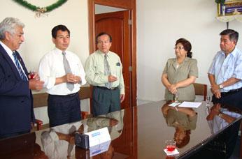 El presidente regional hizo visita protocolar a las principales autoridades universitarias.