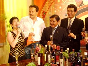 Autoridades de la Región Lima con Cecilia Barraza
