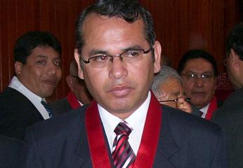 Doctor Víctor Mosqueira Neira.