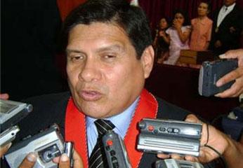 Dr. Marlon Calle Pajuelo