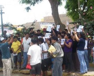 MArcha de protesta  por parte de profesores
