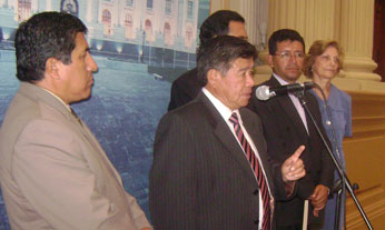 Ing. Nelson Chui, en conferencia de prensa, después del debate.