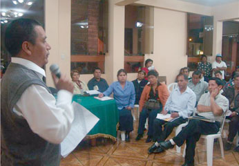 El Taller se desarrolló en el auditorio del Palacio Municipal, con la presencia   del alcalde de la Municipalidad Distrital de Huaura, Sr. Jacinto Romero Trujillo, además de los regidores.