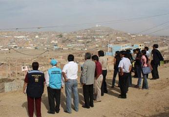 Los participantes realizaron un recorrido por el cono sur de la ciudad de Huacho, dirigiéndose hacia las zonas mas pobres de la provincia.