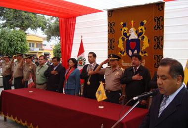 Autoridades presentes en acto protocolar