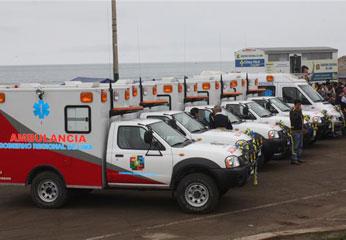 12  ambulancias que serán destinadas a la diferentes redes de salud de la región Lima.