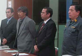 Se rindió un homenaje póstumo, con un minuto de silencio al Brigadier PNP, Andrés Gamarra Guillén, fallecido en la ciudad de Huacho.