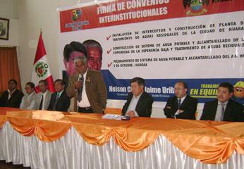 Los  convenios fueron suscritos por el presidente regional, Ing. Nelson Chui Mejía, y el alcalde provincial Dr. Jaime Uribe Ochoa.