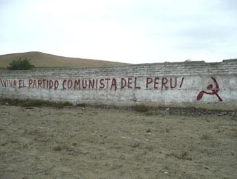 Pintas con apología de Sendero Luminoso  Foto: Ecos Huacho