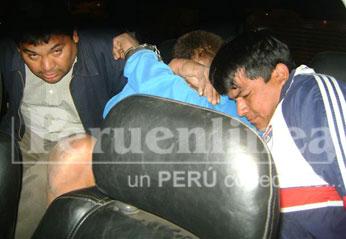 Ambos delincuentes fueron trasladados a los calabozos de la Divincri Huacho a fin de determinar quien asesino al policía.