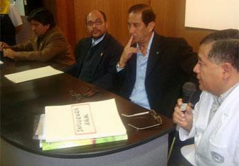 Conferencia de prensa realizada ayer  en el auditorio del Hospital Regional de Huacho
