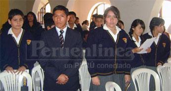 Alumnos de la Institución Educativa Particular Columbia - Huacho.