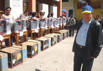 Dicha entrega la realizó su presidente, Ing. Nelson Chui Mejía.