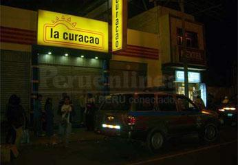 Tienda Curacao de Huacho.