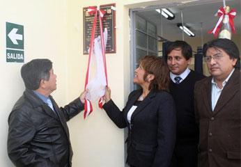 Inauguración de centro de salud de Huarochirí.