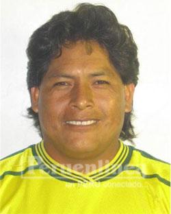 Julián Chacón Espinoza de 41 años, deja dos hijos en orfandad, se desempeñaba en la empresa azucarera como operador de cargadora.