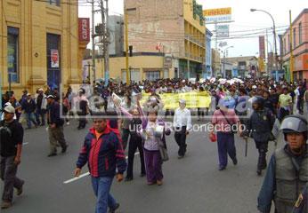 Protesta de trabajadores de Andahuasi, Foto Rogger LA Chira.