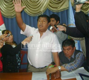 Durante la sesion de consejo donde se trató la vacancia del regidor Rubén Carbajal.