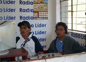 Líder de Confianza Perú le pide que hable con su hermano jorge para que retire demanda por difamación contra blogger.