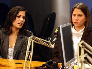 Liliana Castro y Eva Bracamonte.