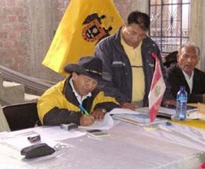 Alcalde del distrito de Huáñec, Winston Reyes Ramos .