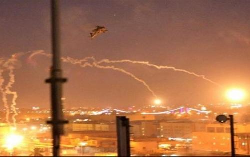 Irak: Cinco cohetes impactaron cerca de la Embajada de Estados Unidos en Bagdad